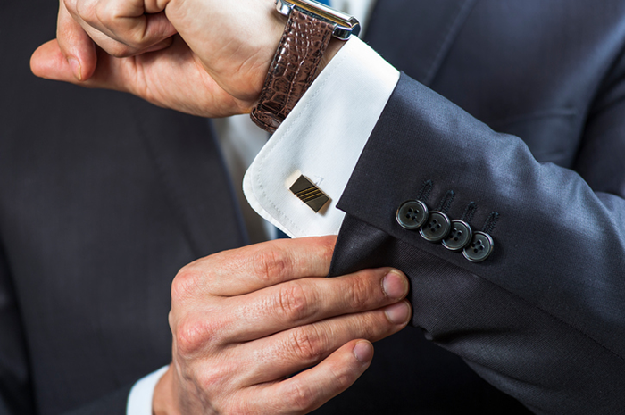 Dress professionally for sales success